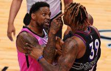 Udonis Haslem na parkiecie i od razu bójka, Portland wspiera Lakers